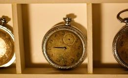 часы 2 старые Стоковая Фотография