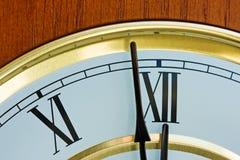 часы o 12 Стоковые Фотографии RF