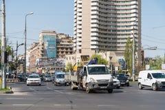 Час пик в центре города квадрата университета города Бухареста Стоковая Фотография RF