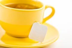 Чашек чаю с пакетиком чая (пустой ярлык) стоковое фото rf