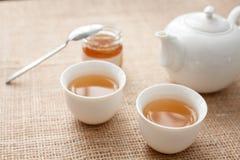 Чашек чаю с чайником Стоковые Изображения RF