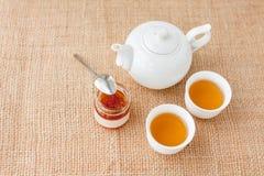 Чашек чаю с чайником Стоковое Фото