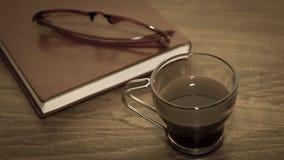 Чашка, блокнот и стекла Coffe Стоковые Фотографии RF