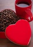 Чашка кофе и кофейные зерна Стоковая Фотография