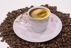 Чашка кофе и кофейные зерна Стоковая Фотография RF