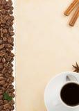Чашка кофе и пергамент Стоковая Фотография RF