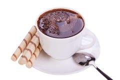 Чашка кофе и печенья на белой предпосылке Стоковое фото RF