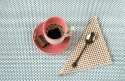 Чашка кофе и шоколад Стоковое Изображение RF