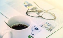 Чашка кофе, кассета и стекла Стоковые Изображения RF