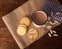 Чашка кофе, печенья и зефир Стоковая Фотография RF