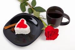 Чашка кофе с розой Стоковое Изображение