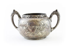 Чашка ручки года сбора винограда 2 серебряная стоковое изображение rf