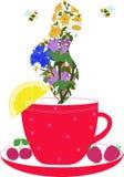 Чашка с травами и лимоном пара Стоковые Изображения