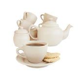 Чашка с чаем и пустыми чашками и чайником Стоковые Фотографии RF
