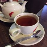 Чашка тройника и чайника Стоковая Фотография RF