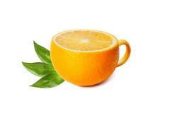 Чашка чаю в форме апельсина изолированного на белизне Стоковые Фото