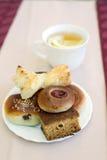 Чашка чаю и печенья Стоковое Фото