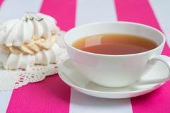 Чашка чаю с тортом Стоковое Изображение RF