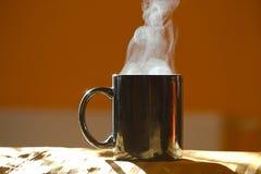 Чашка чая Streamin горячая Стоковые Фотографии RF