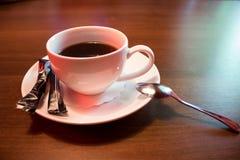 Чашка черного кофе стоковая фотография