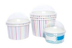 Чашки картона для горячего и холодных напитков Стоковые Изображения RF