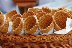 Чашки корнета конуса мороженого вафли закрывают вверх Стоковое Фото