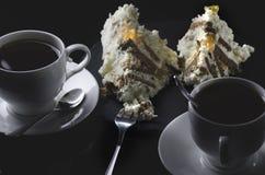 2 чашки чаю с домодельным чизкейком Стоковая Фотография