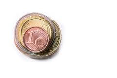 чеканит евро накрените веревочка примечания дег фокуса 100 евро 5 евро евро валюты кредиток схематическое 55 10 Монетки штабелиро Стоковое Фото