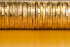 чеканит золото евро доллара Стоковые Фото