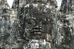 Человекоподобная сторона высекла в каменный северный строб Angkor Thom стоковое фото rf
