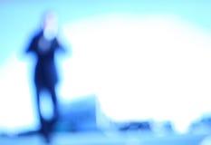 человек абстрактной предпосылки расплывчатый Стоковые Фотографии RF