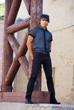 Человек в голубой рубашке Стоковые Изображения RF