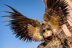 Человек в костюме на Венеции carneval 2018, Италия Стоковое Изображение RF