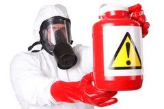 Человек в костюме опасных материалов стоковое изображение