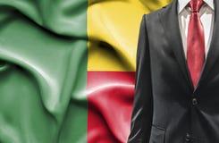 Человек в костюме от Бенина стоковые изображения
