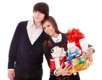 человек девушки подарка коробки счастливый Стоковые Фотографии RF