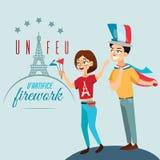 Человек и женщина на национальном празднике Франции, людях с флагами в руке идя вниз с улицы против предпосылки eiffel Стоковая Фотография