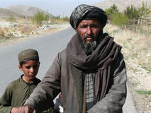Человек и мальчик Pashtun Стоковое Изображение RF