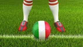 Человек и футбольный мяч с итальянским флагом Стоковое фото RF