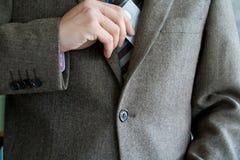 человек кредита визитной карточки Стоковое Изображение RF