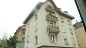 Человек паука зданий на стене видеоматериал