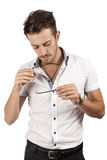 Человек проверяя его стекла Стоковые Фотографии RF