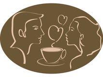 человек сердца кофейной чашки над женщиной чая Стоковая Фотография