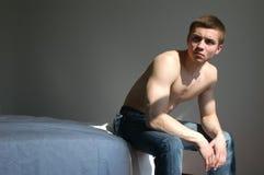 человек спальни сексуальный Стоковая Фотография