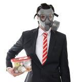 Человек с маской противогаза Стоковые Изображения RF