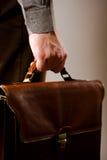 человек удерживания дела портфеля стоковое изображение rf