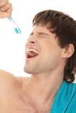 человек щетки красивый пея к зубу Стоковое Фото
