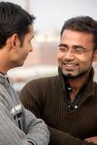 человек 2 обсуждения индийский стоковое фото rf