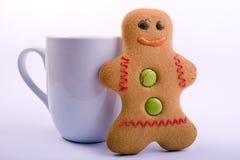 человек gingerbread чашки Стоковые Фото
