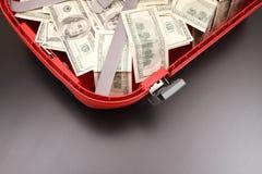 Чемодан с долларами Стоковое Изображение RF